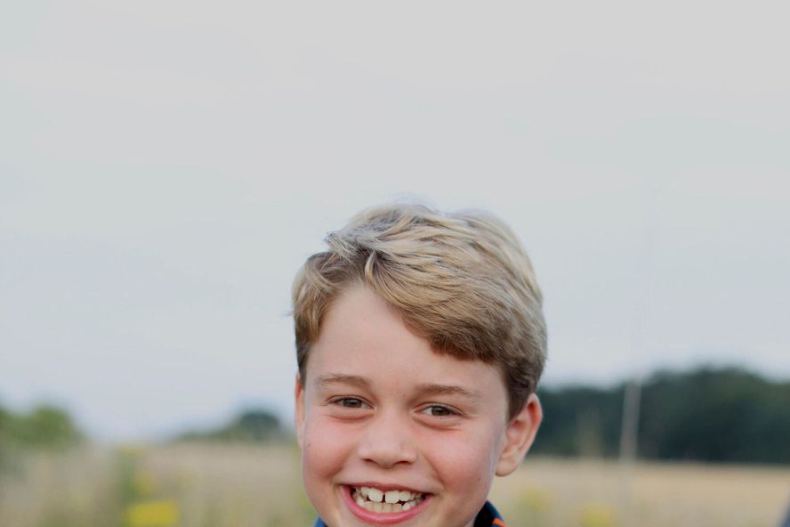 The Royal Family Has Released A New Picture Of Prince George For 8th Birthday